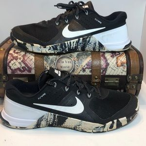 Nike Mens 11.5 METCON 2 819899 010 Black Training